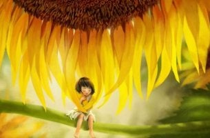 Alone under a sunflower