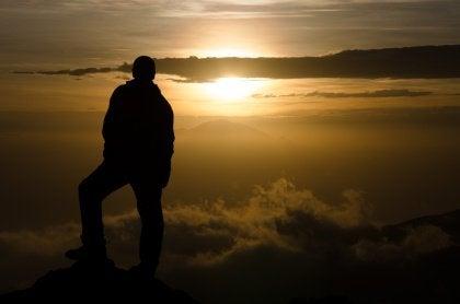 kilimanjaro-peak-sunset