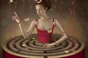 princess-marionette-maze-dress