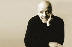 Photo portrait of Paulo Coelho