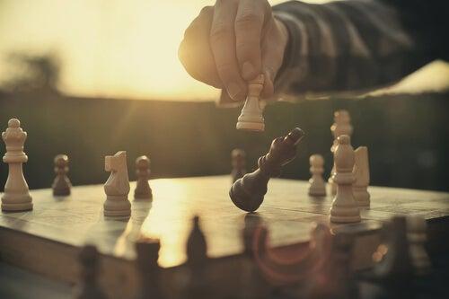 Mieli on kuin shakki