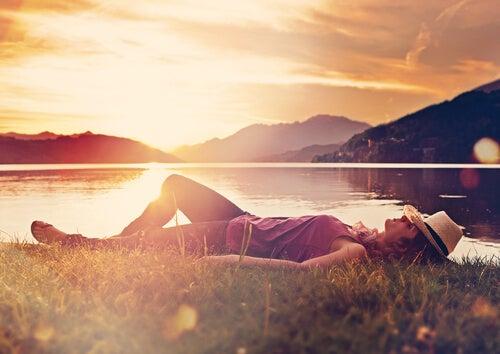Unettomuus pois rentoutumalla