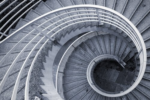 spiral staircase drama