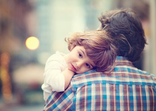 girl hugging parent uncomfortable