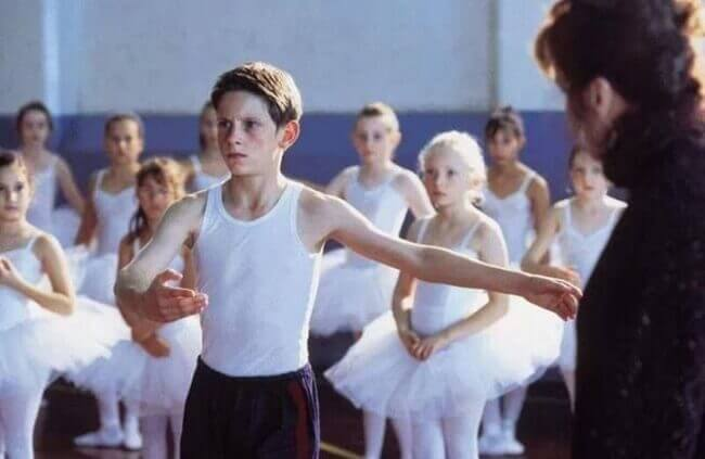 Billy-Elliot-dancing-ballet