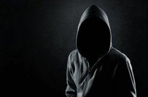 anonyous persosn