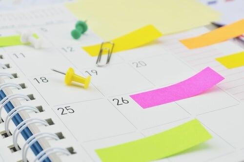 calendar with tabs multitasking