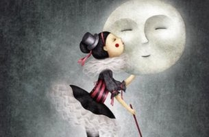 girl kissing moon