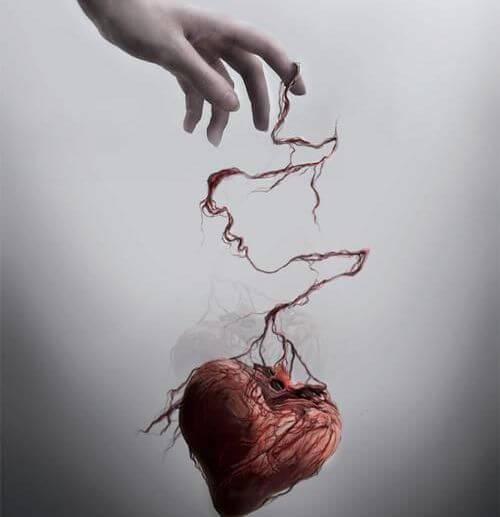 Henkinen väkivalta sydän irtosi