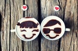 coffee cup couple