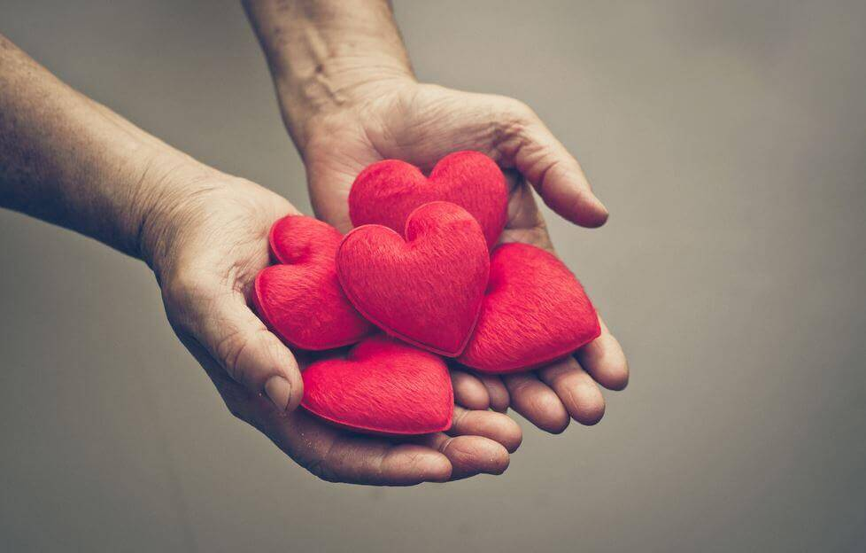 handful of hearts gratitude