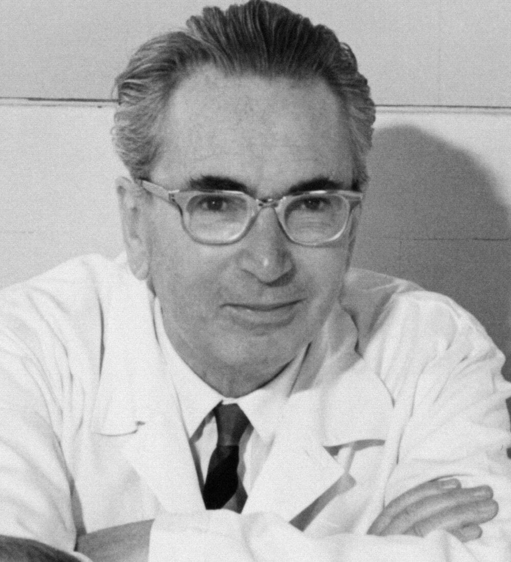 10 Lessons From Viktor Frankl About Facing Adversity