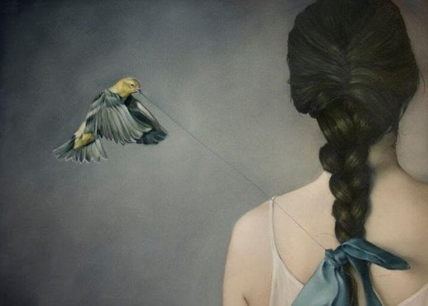 bird pulling a string