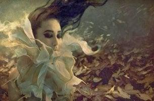 woman dreaming nostalgia