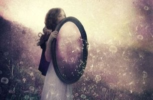 girl holding mirror