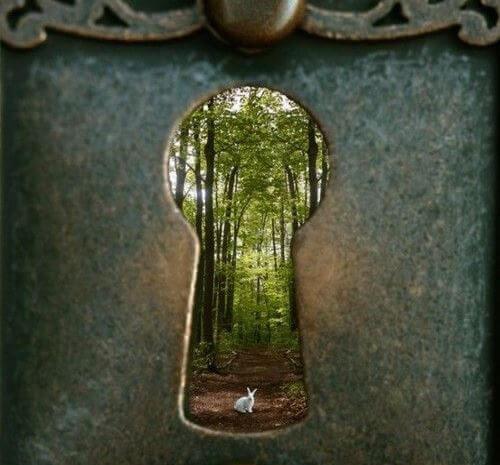 keyhole-1