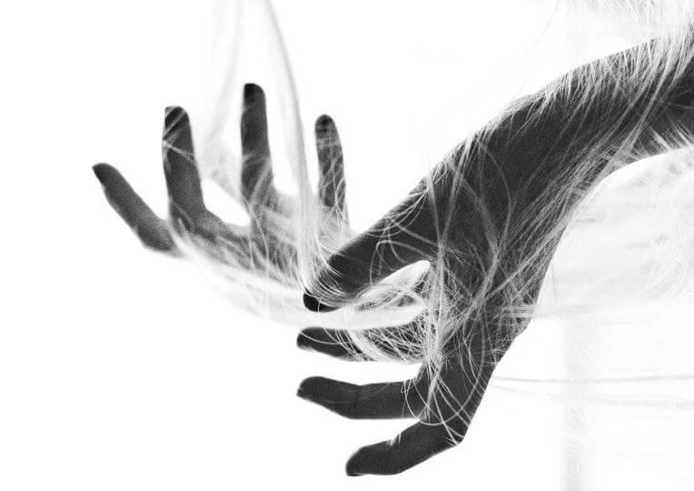 tangled hangs