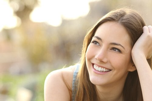 woman with a sincere smile