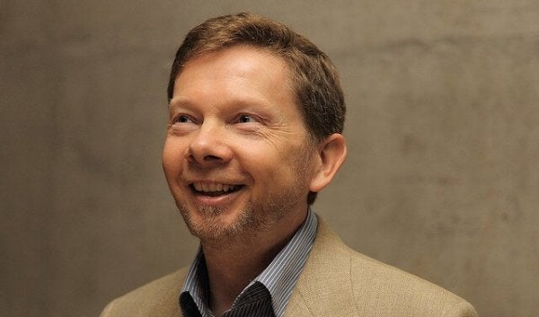 4 Quotes by Eckhart Tolle About Living in the Present