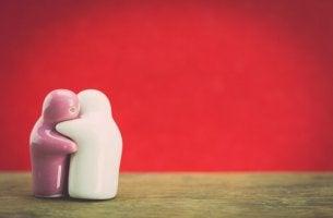Ceramic Figures Hugging