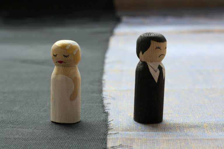 From Love to Hate: Is There Really Only a Step?