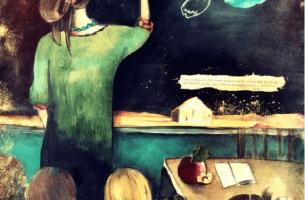 teacher-drawing-on-chalkboard