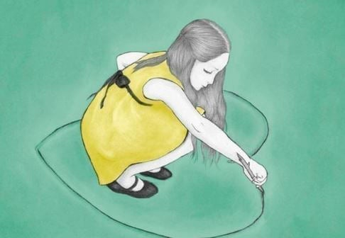 girl-drawing-a-heart-on-the-ground