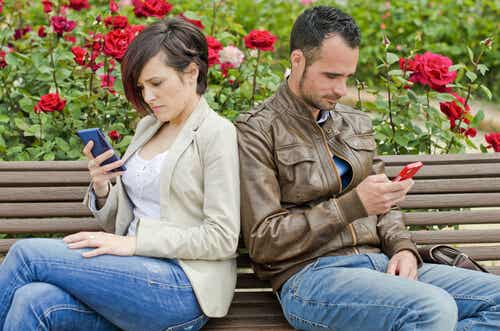 Social Networks Could Be the End of Your Relationship