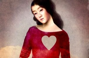 girl in heart shirt