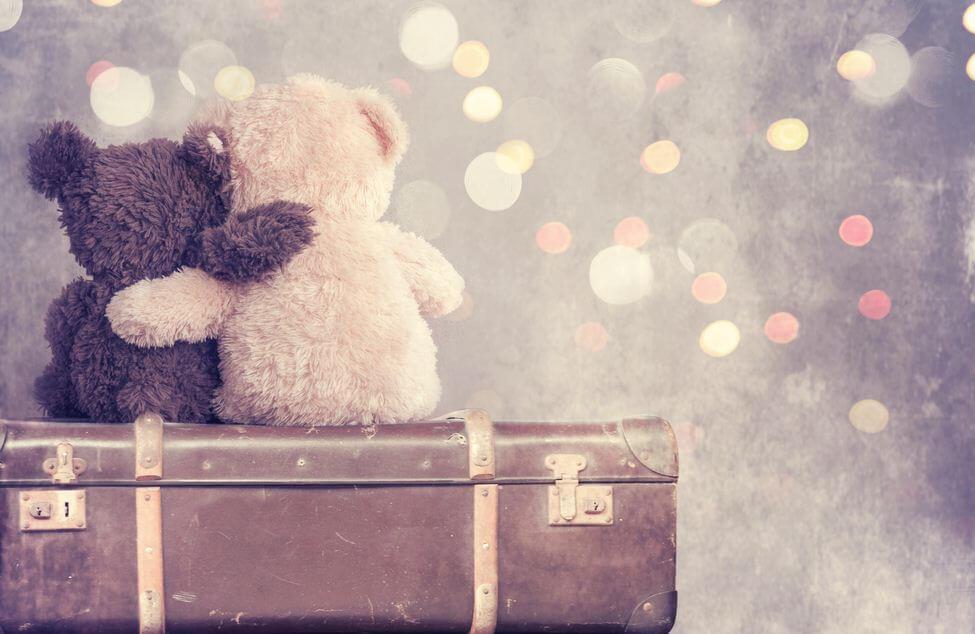 teddy-bears-hugging
