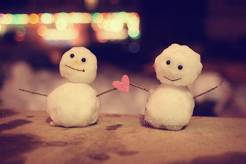 two tiny snowmen