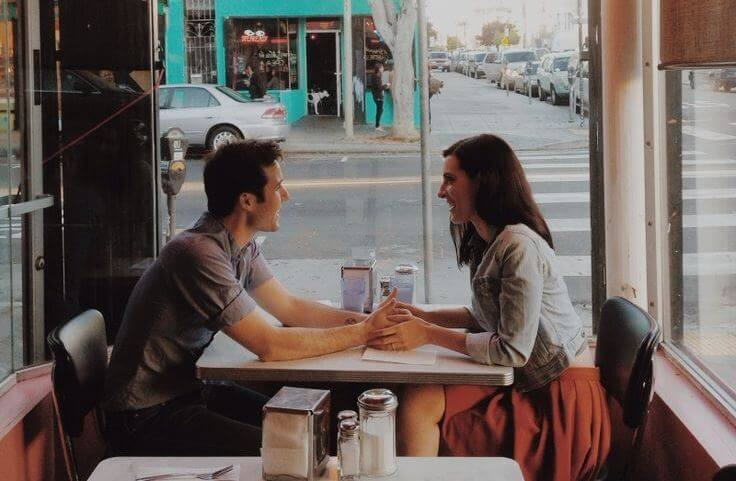 couple in a diner