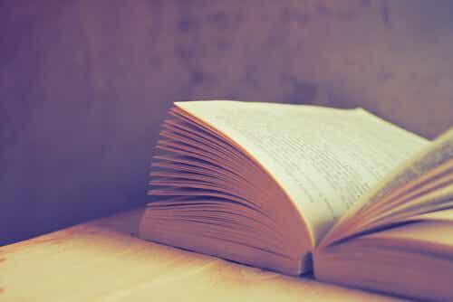 7 Books that Reflect Modern Life