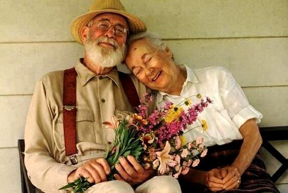 A happy old couple.