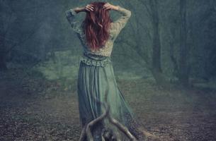 woman hidden depression