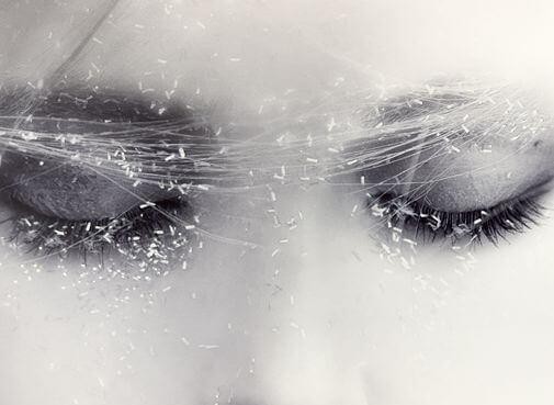 Closed eyes.