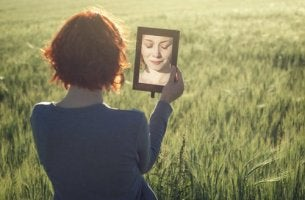 woman with a low self-image