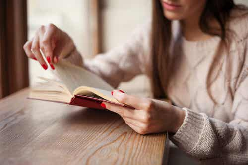 5 Books that can Ease Your Heartbreak