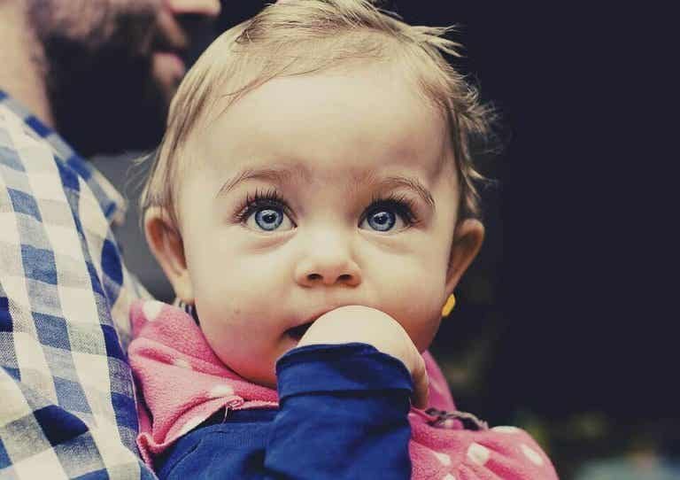 Do You Know What Babies Learn To Do Between 4-6 Months?