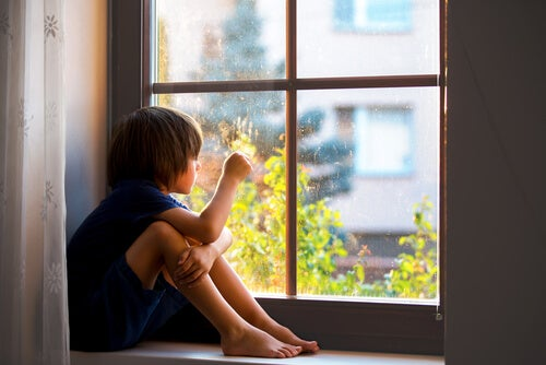 Separation Anxiety: Why Attachment is Healthy For Children