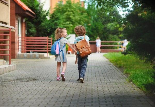 jean pieaget om undervisning och socialisation
