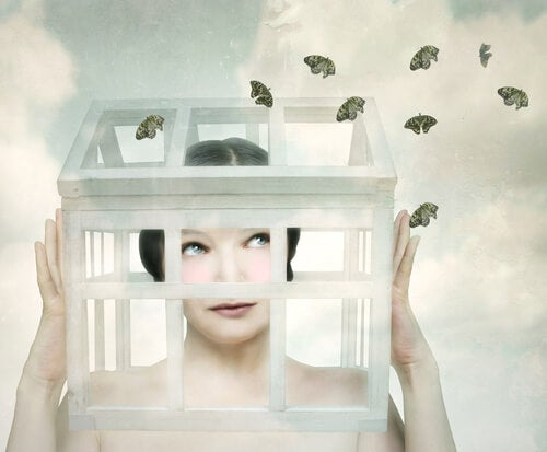 woman in cage