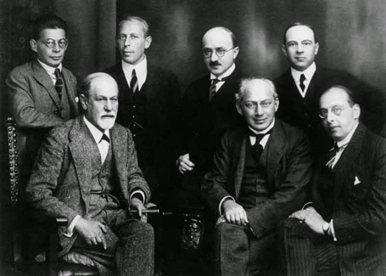 Beyond Freud - Psychoanalysis Schools and Authors