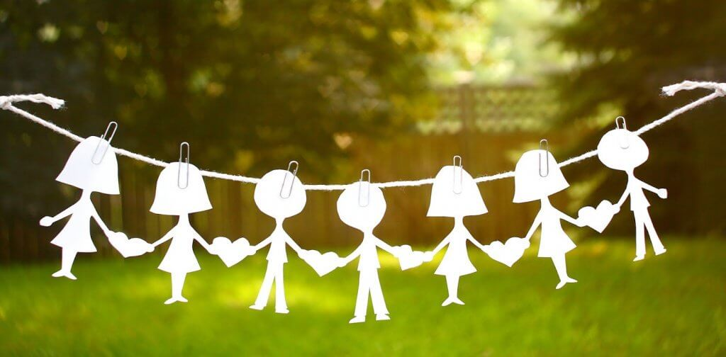 Paper dolls: social psychology