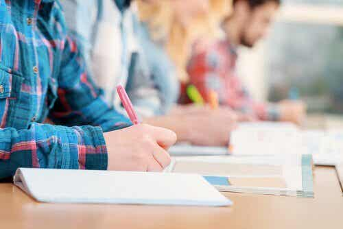 Evaluations: Do Exams Evaluate Students Correctly?
