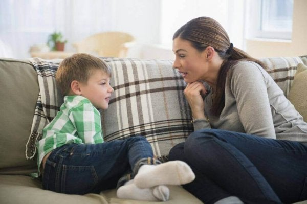 6 Tips to Improve Communication Between Parents and Children