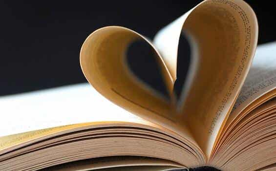 The 5 Best Quotes About Love in Literature