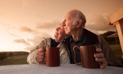 healthy aging: an old happy couple.