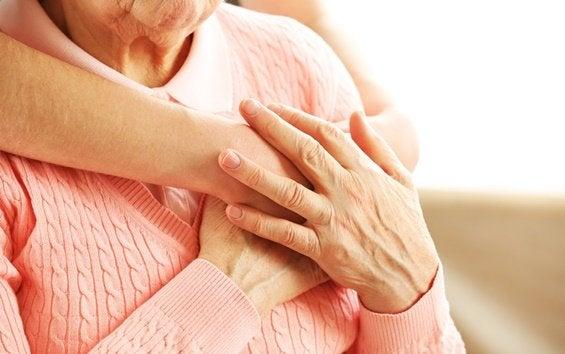 우울한 노인을 돕는 방법