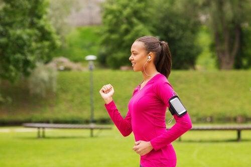 Power walking: running